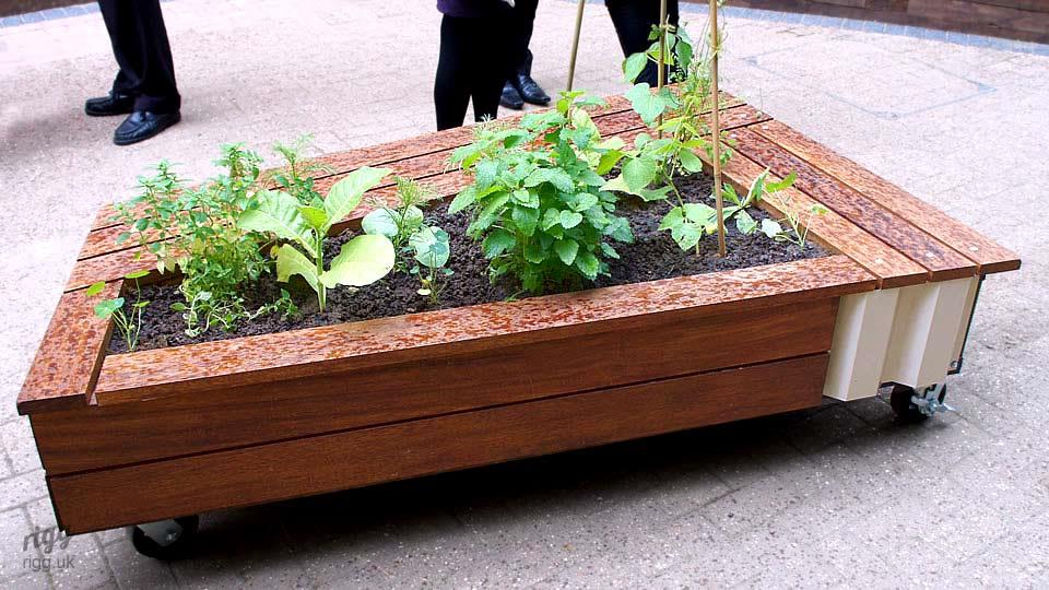 Bespoke Outdoor Planter & Seating Bench