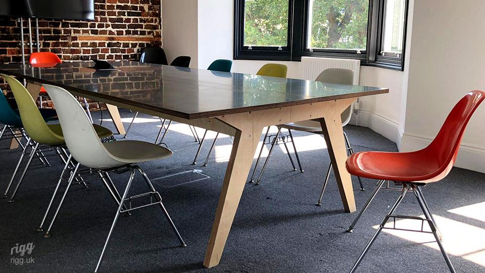 Meeting Table - Landscape Architect & Garden Design Office