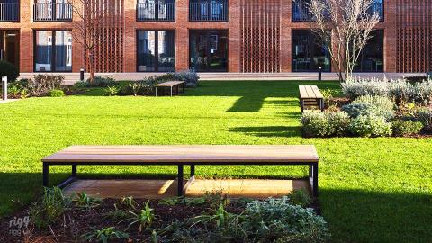 Outdoor Seating Benches Newnham College Cambridge