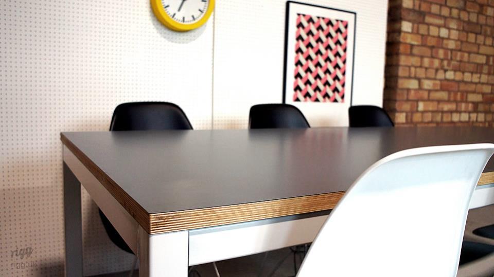 Quad Table