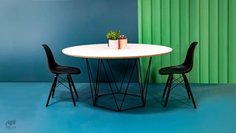 Wire: Round Meeting, Collaboration or Dining Table