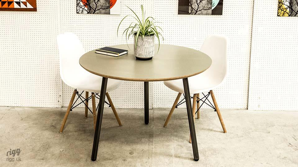 Avo Round Dining Table