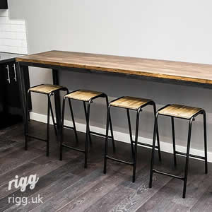 High Slim Industrial Breakout Table